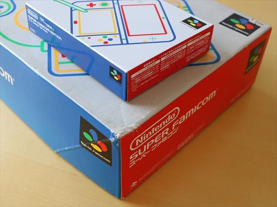 new3DSLLスーパーファミコンエディション箱比較赤